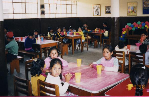 Uno de los tantos comedores infantiles supervisados por Edita