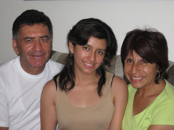 La familia Bartra que con mucho amor me recibió en su hogar