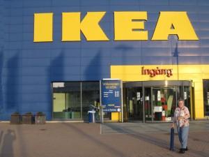 Ikea, con los colores de la bandera sueca